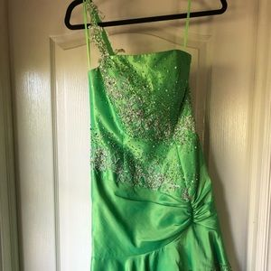 LIME GREEN ONE STRAP PROM DRESS